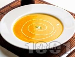 Зеленчукова крем супа с картофи, броколи и карфиол в мултикукър - снимка на рецептата